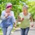 Como comenzar su propio programa para caminar para combatir la artrosis